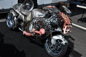 what you interested about motorcycle: MONSTER BIKE   AlieN vs PredatoR