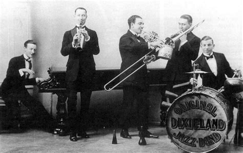 new year song jazz an amazing photographic tour of new york in the 1920s