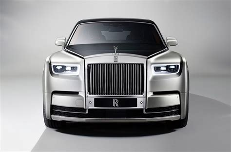 roll royce phantom 2018 2018 rolls royce phantom viii unveiled performancedrive