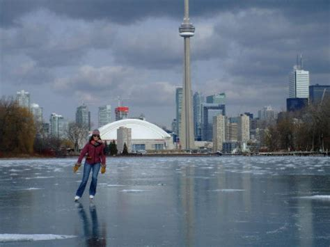 Lake Front House by Skating On Lake Ontario A Hardy Adventure Toronto Star