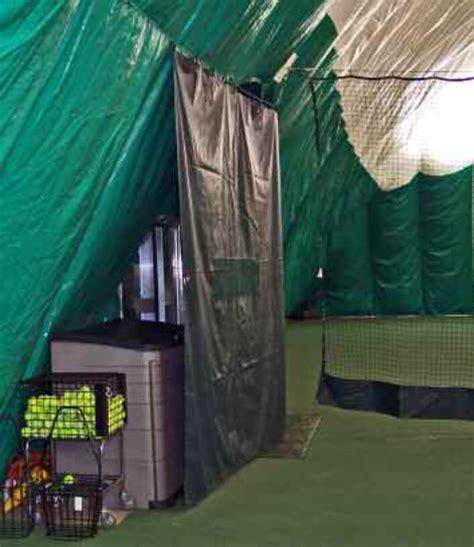 tennis backdrop curtains how to install tennis court divider curtains doittennis