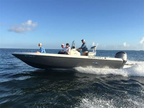 skeeter boats rain suit captain tony melton fishing charter islamorada all you