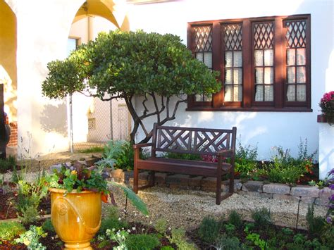 Tuscan Style Backyard Ideas Tuscan Style Frontyard Ideas Neat Edible Front Yard Knot Garden Makers