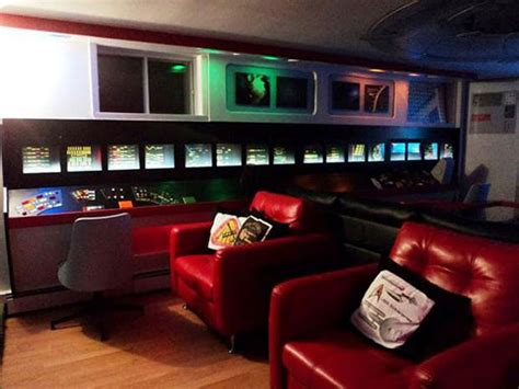 Trek House by Trekkie Decorates Entire House In Trek Theme Home