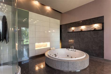 vasche rotonde vasca rotonda prezzi costi di posa caratteristiche