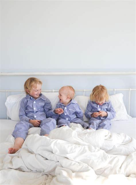 bett in der kindersprache drei kinder ins bett bringen meine tricks wasf 252 rmich