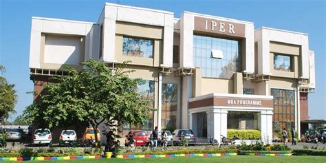 College Bhopal Fee Structure For Mba by Institute Of Professional Education And Research Iper