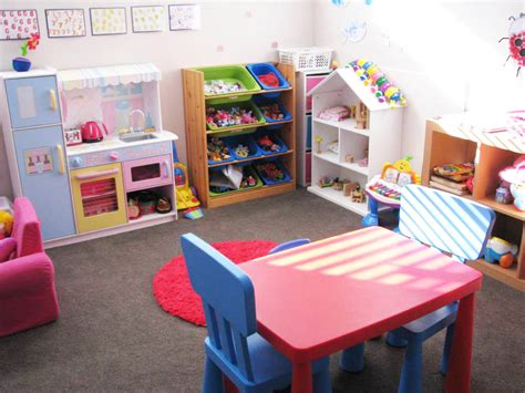 top  playroom ideas   budget   kids room