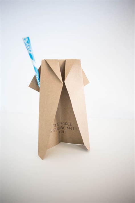 Origami Lightsaber - jedi robe origami with pixy stix lightsaber