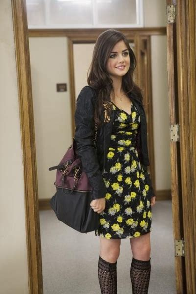 dress like pretty little liars fashion style clothes from the how to dress like aria montgomery from pretty little liars