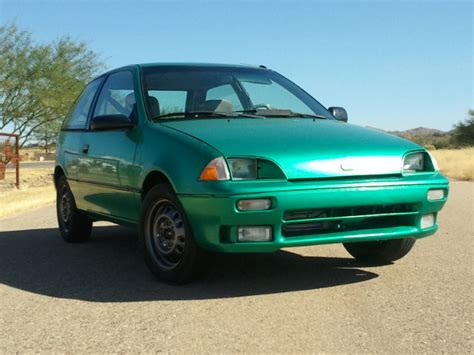 how to work on cars 1994 geo metro engine control doublegg 1994 geo metrolsi hatchback 2d specs photos modification info at cardomain