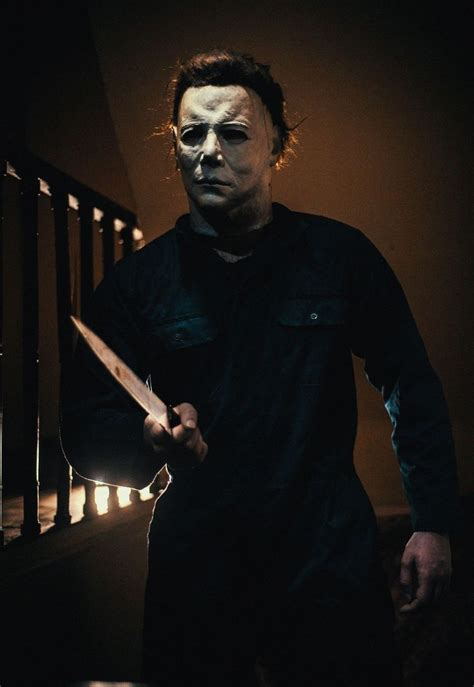 mike myers jamie lee curtis 3537 best michael myers halloween images on pinterest