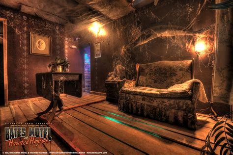 haunted living room the bates motel pennhurst asylum photos rogues hollow productions