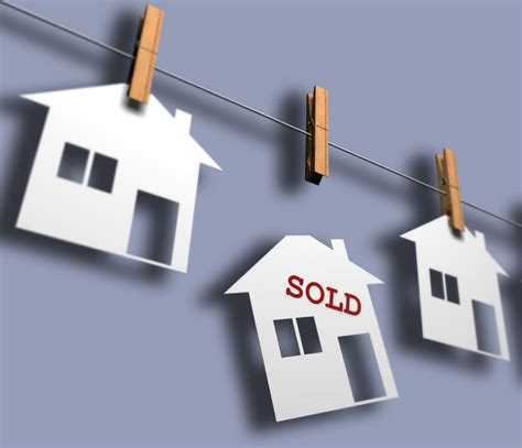 selling my house tips why is my house not selling open house premier estate agents