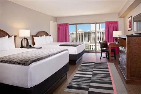 flamingo hotel room pictures flamingo las vegas to reveal more than 2 300 fresh new rooms