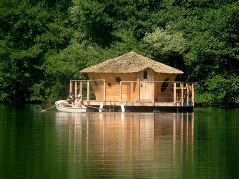 chambre flottante h 233 bergements insolites office de tourisme du pays diois