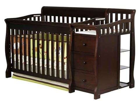 Built In Changing Table 1000 Ideas About Crib With Changing Table On Baby Cribs Cribs And Baby Nursery Themes