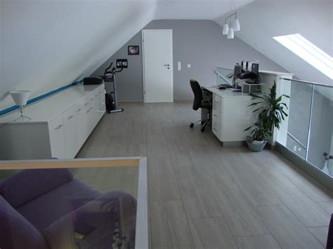 lit surélevé avec bureau intégré mezzanine chambre de bonne