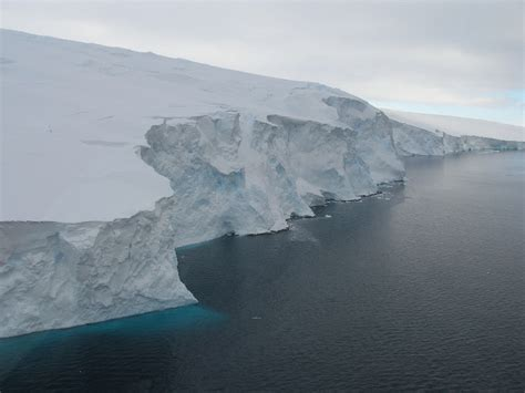 Shelf Antarctica by Antarctic Shelf Pictures