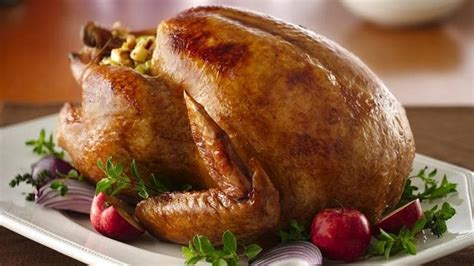 Three Helpful Tips On Cooking Turkey by How To Cook A Turkey That Tastes Amazing Bettycrocker
