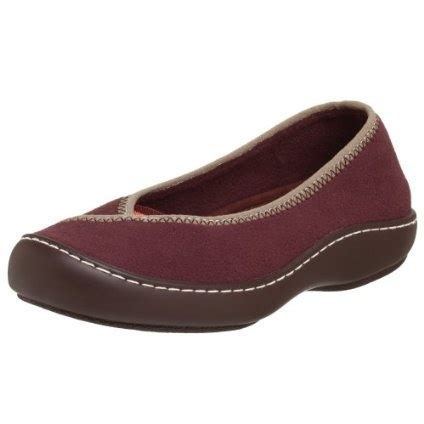 the most comfortable slippers 17 best images about shoes on earth shoes