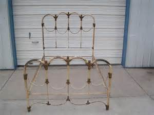 Antique Wrought Iron Bed Frames 17 Best Ideas About Antique Iron Beds On
