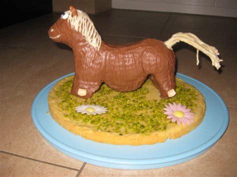 kuchen kindergeburtstag pferd pferd aus der lammform kuchen f 252 r den kindergeburtstag