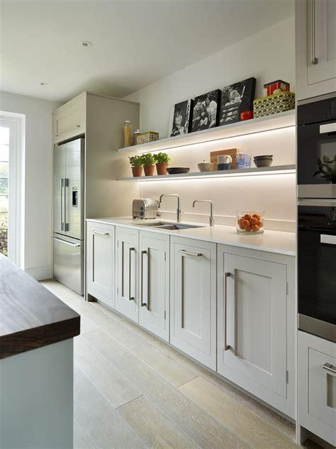 Handmade Shaker Kitchens - www harveyjones kitchens kitchenstorage