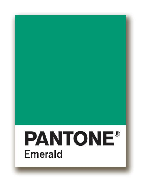 Blue And Coral Decor Pantone S 2013 Color Of The Year Emerald Pretty