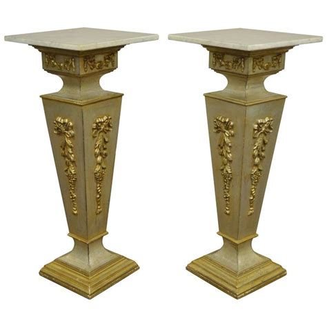 Bust Tables by Pair Of 20th Century Italian Florentine Marble Top