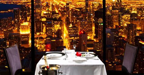 Romantic Restaurants in Chicago, Valentine's Day