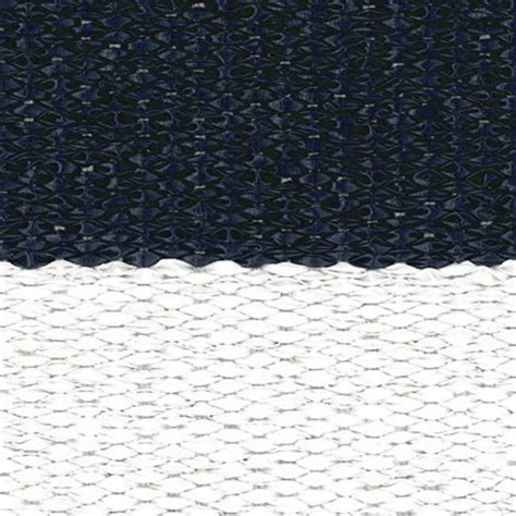 Navy And White Outdoor Rug Indoor Outdoor Rugs And Runners Made Of Recyclable Pvc Navy And White