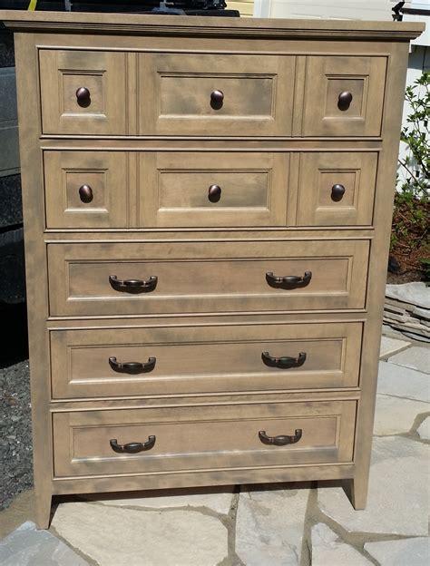 tiroirs sur mesure commode 5 tiroirs meubles sur mesure meubles hochelaga