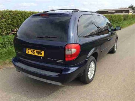 chrysler grand voyager 3 8 2006 auto images and specification chrysler 2006 grand voyager 2 8 crd lx 5dr car for sale