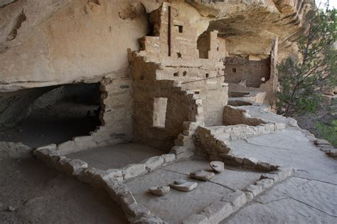 the cliff dwellers of the mesa verde southwestern colorado their pottery and implements classic reprint books amid the cliff dwellings of mesa verde spiritual travels