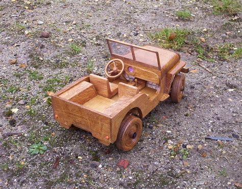 waskito dharmo  wooden jeep plans