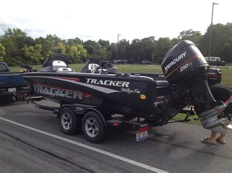 tracker tundra walleye boats for sale tracker 21 tundra team walleye boat ohio game fishing