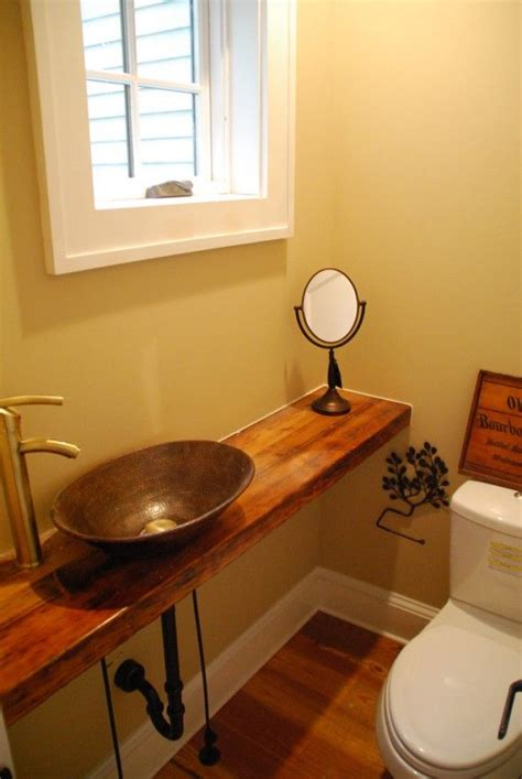 Half Bathroom Design Ideas by 25 Best Ideas About Small Half Bathrooms On