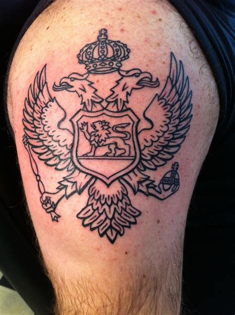 crest tattoos family crest images designs