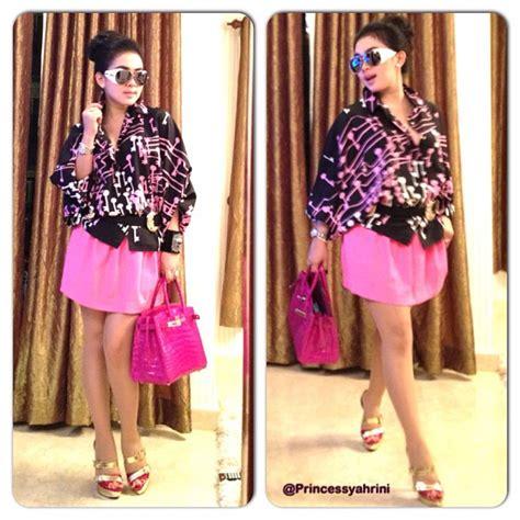 Syahrini Pink 4 model rok mini syahrini yang dan cetar banget vemale