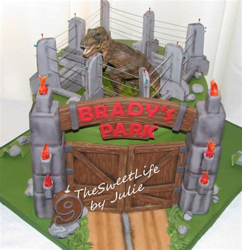 Jurassic Park Cake Decorations by Some Cool Jurassic Park Cake Jurassic Park Cake Ideas
