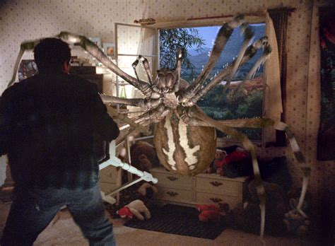 film giant spiders here come the eight legged freaks synopsis sophie