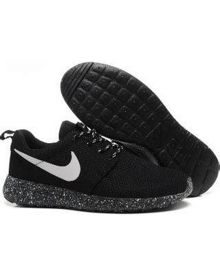 nike shoes black thehoneycombimaging co uk