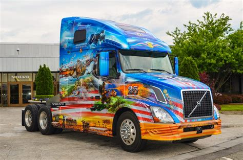 2016 volvo big rig mack volvo unveil 2016 quot ride for freedom quot trucks honoring