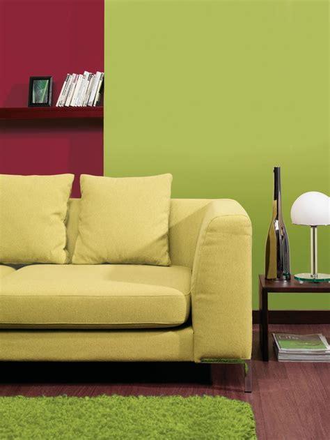 rot sofa wohnzimmer avocado rot sofa obi farbwelten