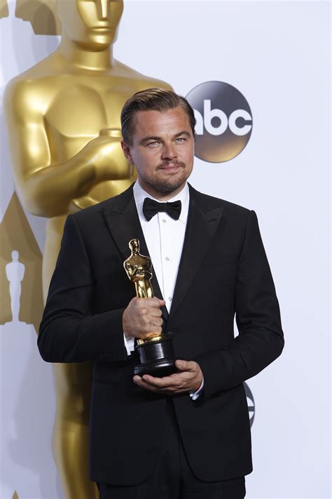 oscar winners best leonardo dicaprio wins his oscar for best actor