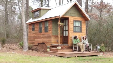 tiny homes with tiny porches small houses youtube small homes big dreams tiny house enthusiasts hope to