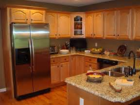 colors for kitchens with oak cabinets kitchen paint colors oak cabinets with island design