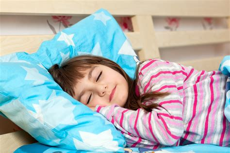 when to go to bed using behavioral interventions to help kids manage sleep