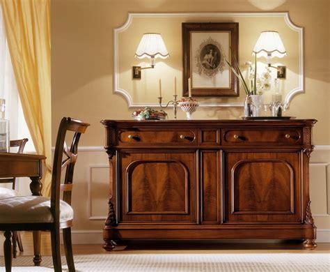 credenze classiche legno credenza classica in noce con 2 ante e 2 cassetti idfdesign